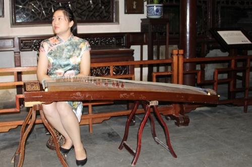 À Suzhou, spectacle dans le jardin du maître des filets.