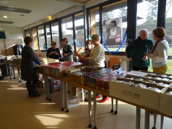 Les bénévoles des Restos du Cœur sont toujours présents en 2015...