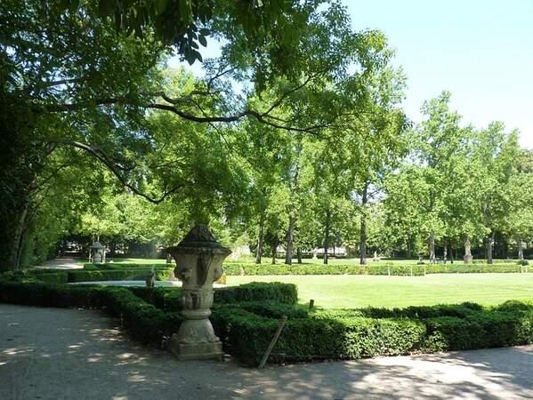 Jardin de Magalone le parc a (1)