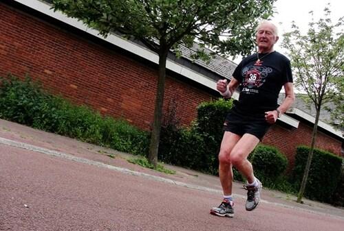 Wolu1200 : Qui va doux va (très) long: les trucs de René, 86 ans, pour ne pas dépasser ses limites aux 20KM