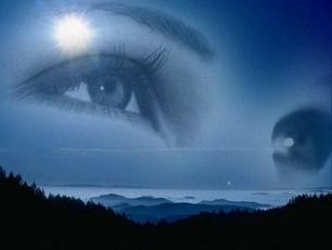L'éclat des yeux d'une femme ...