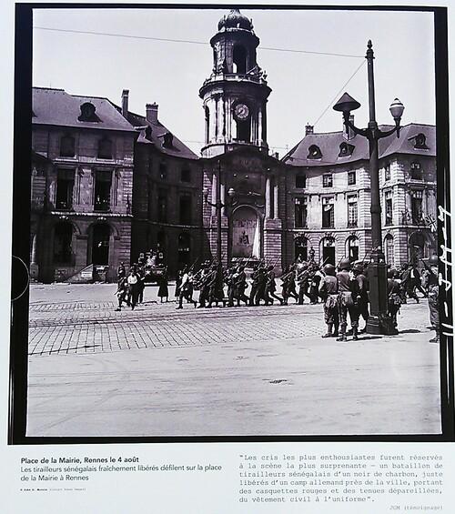 """Exposition """"Quelque part en France"""" place de la Mairie"""