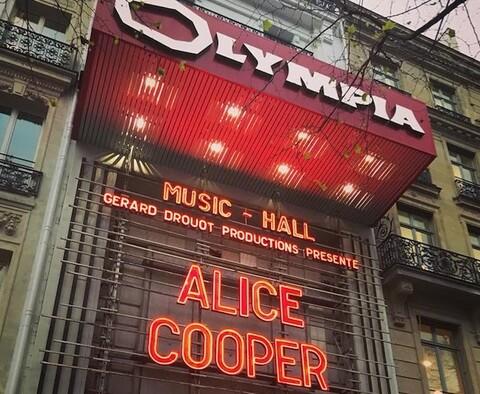 ALICE COOPER - Un extrait du prochain album live A Paranormal Evening At The Olympia Paris dévoilé