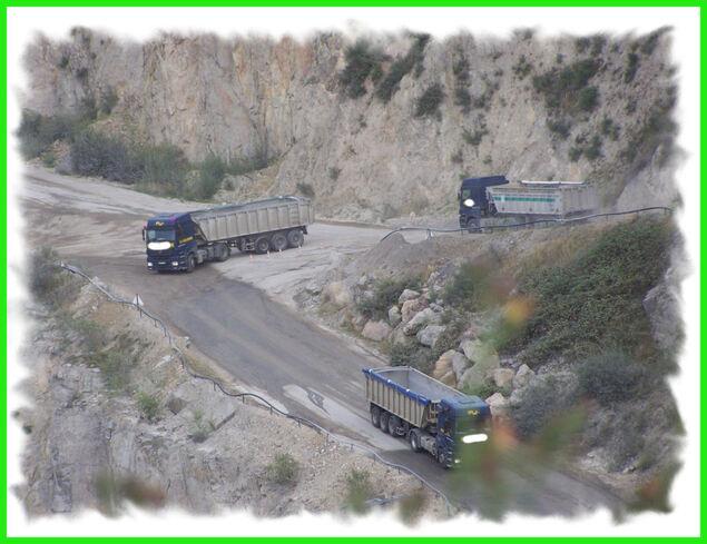 Le ballet des camions ..
