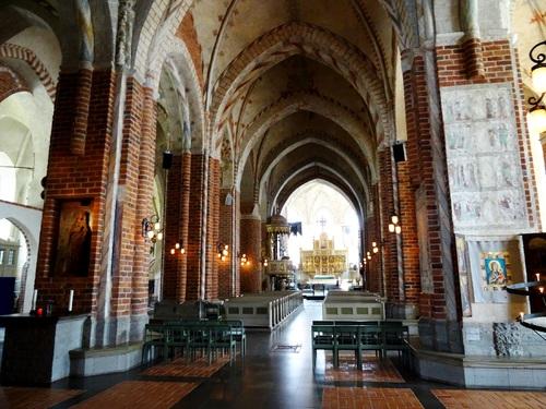 La belle église de Strängnäs en Suède (photos)