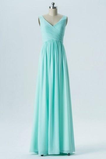 robe demoselle d'honneur verte longue col en V plissé