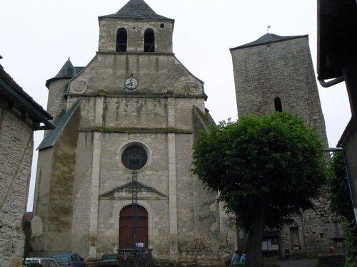 L'église de Floirac et sa tour carrée