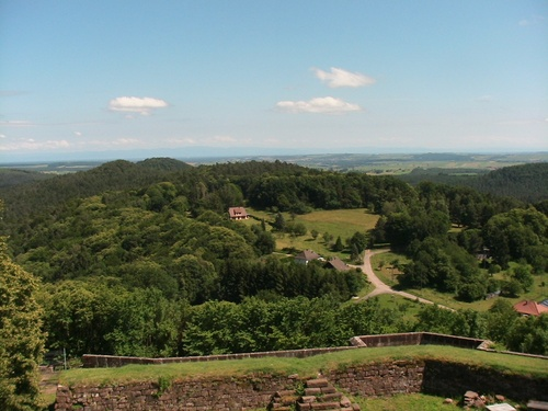 Vue prise le 17juin du haut du château De Lichtenberg