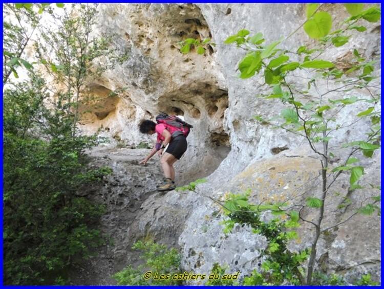 Causse Méjean, le rocher de Cinglegros