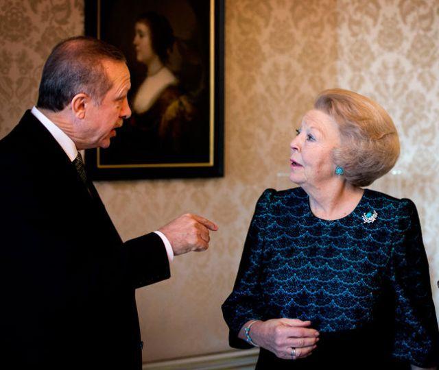 Beatrix reçoit
