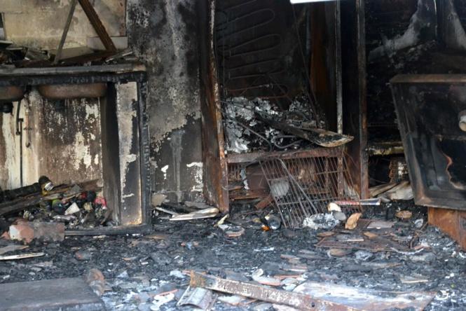 St-Denis: Un banian incendié juste à côté du Bar des pêcheurs