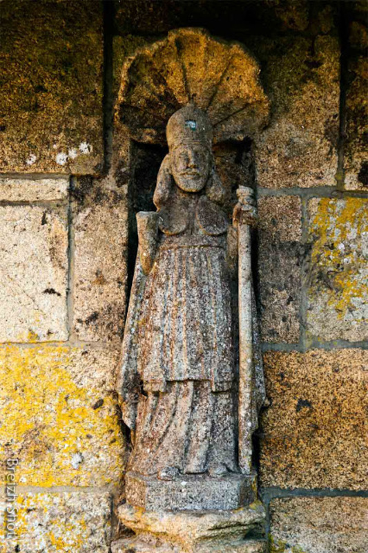 Statue Saint-Nicolas - Pluméliau