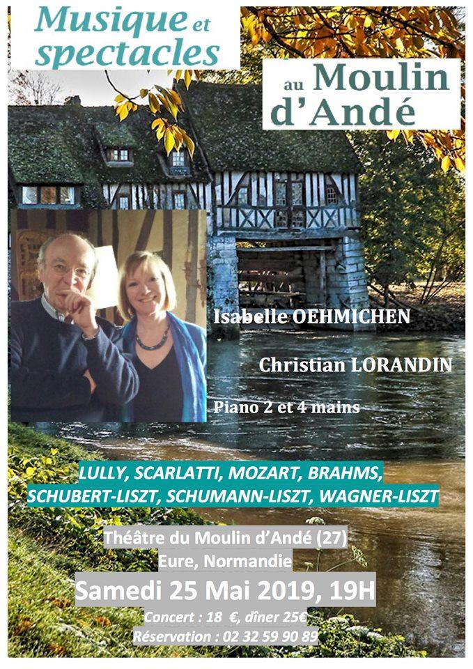 L'image contient peut-être: Christian Lorandin et Isabelle Oehmichen, personnes souriantes, texte et plein air