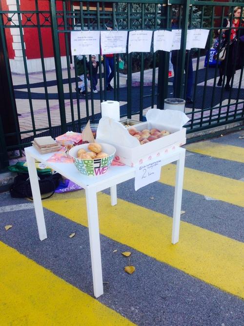 Vente de gâteaux au profit de l'Entraide de SA