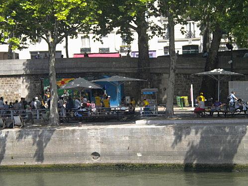 Août 2010 mes petits enfants à Paris 113