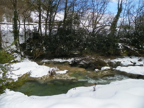 La cascade de Cerveyrieu dans la neige