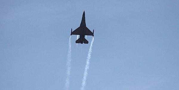 F16 -16-