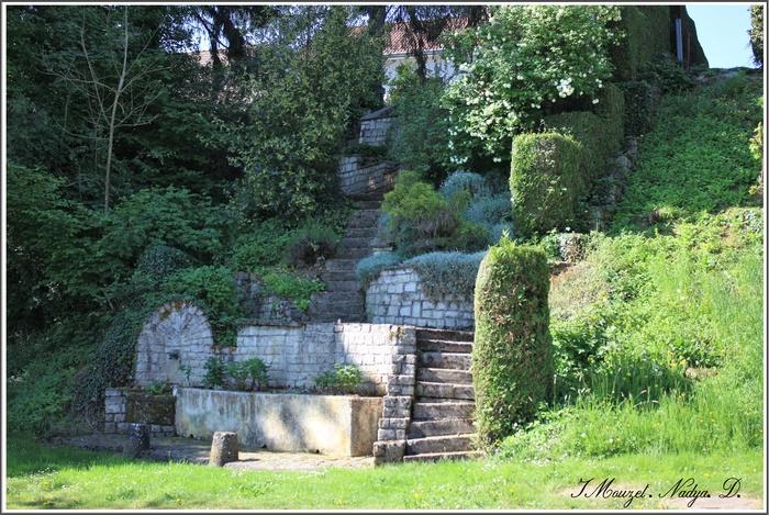 Montigny le Roi (52)