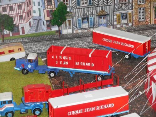 superbe maquette du cirque Jean Richard années 80 par Jean Louis Leleu