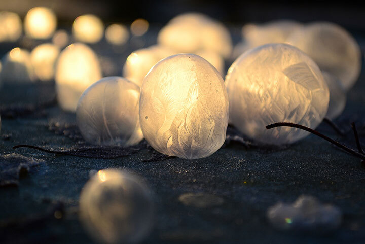 des-sumbliles-bulles-de-savon-gelees-par-le-froid31