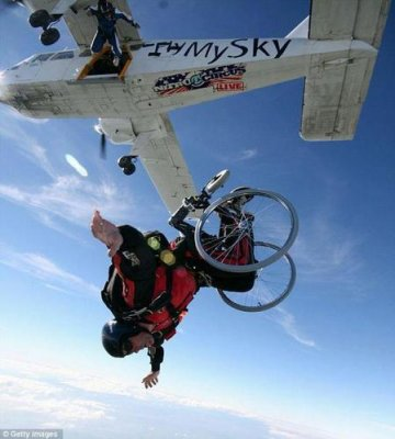 wheelchair-skydive1-0baad.jpg