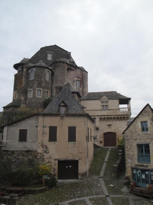 La chapelle St Pierre de Bessuéjouls