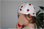 chapeau ottobre (modèle gratuit sur leur site) avec des fraises