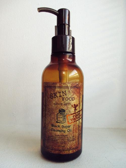 Huile démaquillante Skinfood - Black Sugar Cleansing oil : fini la torture avec les cotons !