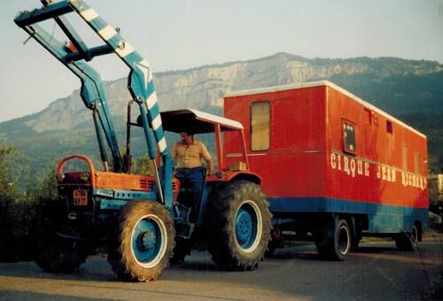 montage du cirque Jean Richard en 1981 : 4ième partie