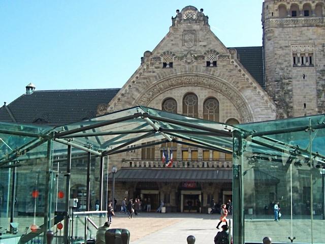 Gare de Metz Hall Départ - 29 05 10 - 1