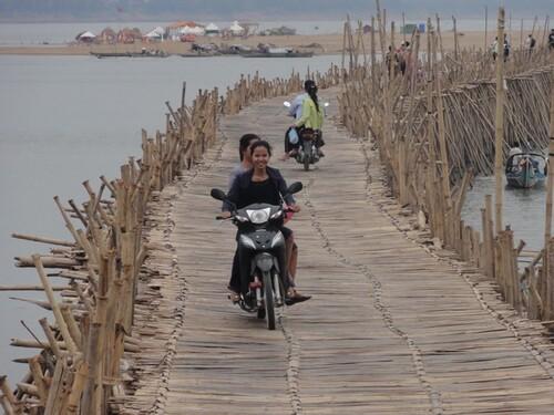 22 février: Kompong Cham