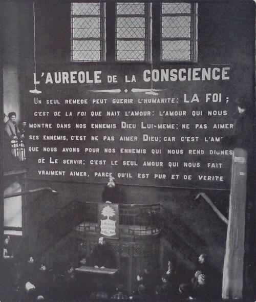 Père Antoine, intérieur du temple en 1910