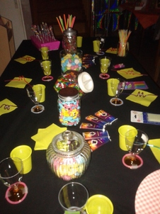 anniversaire fluo candy bar