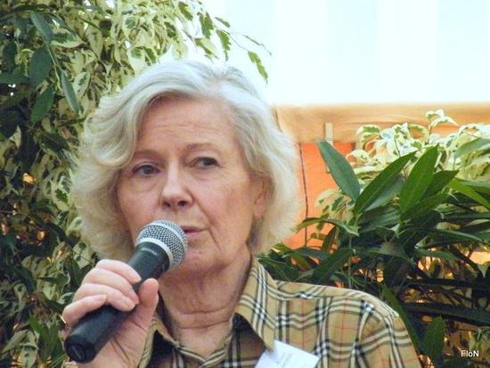 Salon du livre de Thénac 2012 142 Anne Pons