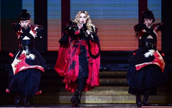 Rebel Heart Tour - 2015 12 01 London (5)