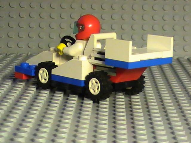 Légo city n° 1990 de 1993 - F1 Racer car.