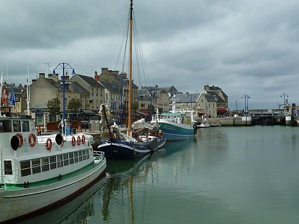 10 port en Bessin (03)