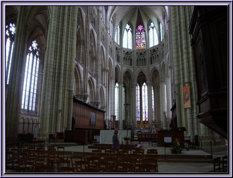 Au mois de juin une petite balade à Meaux      (Seine et Marne)
