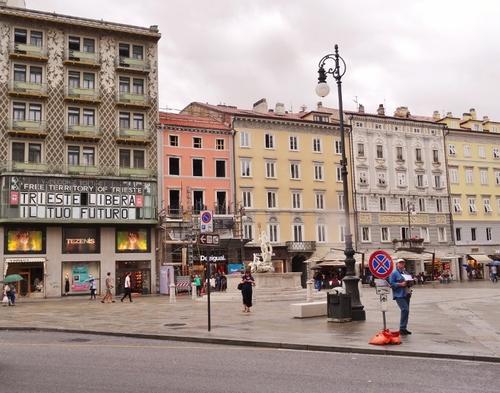 Trieste en Italie: la Place de   l'Unité Italienne (photos)