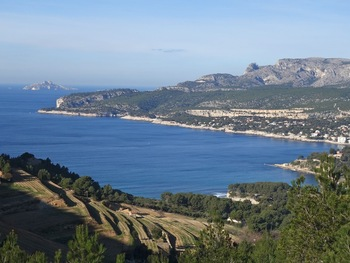 Première vue sur la Baie de Cassis