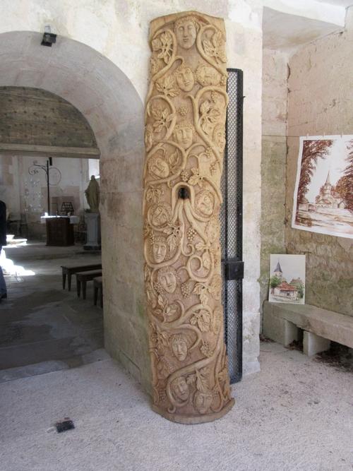 Eric de Laclos a exposé ses belles sculptures dans la chapelle Saint-Phal, pour les Journées du Patrimoine 2018
