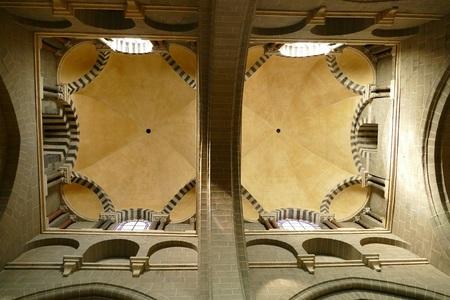 La cathédrale Notre Dame du Puy en Velay.