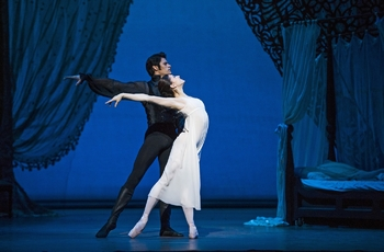 "Marianela-Nuñez-and-Thiago-Soares-in-""Onegin.""-Photograph-by-Tristram-Kenton"