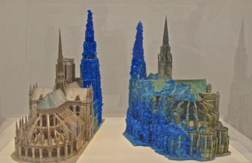 Hiorns cathédrale Saatchi 1