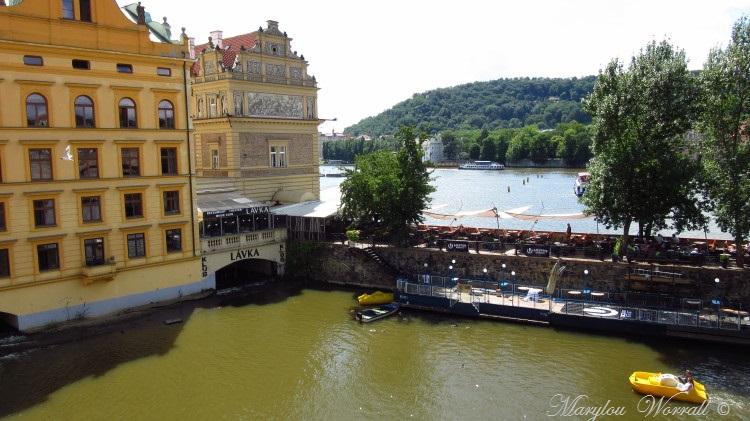 Prague : Le fleuve Vltava ou Moldau