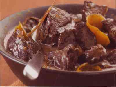 Boeuf braisé aux carottes et aux oignons