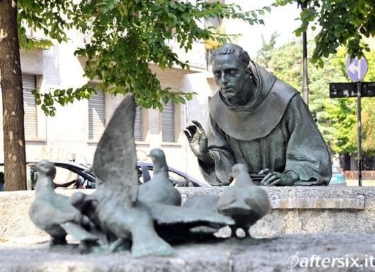 statua-san-francesco-milano.jpg