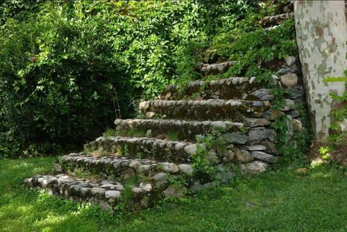 escalier de pierre à Corte