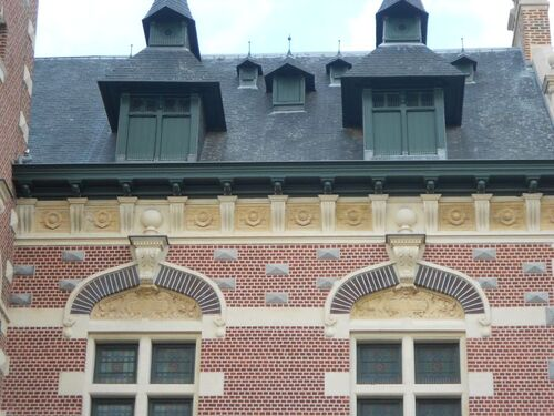 Beffroi de Loos - après rénovation 03-2015 - détail façade