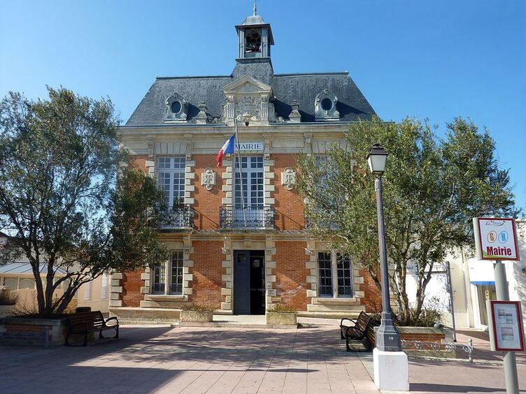 063 - Mairie - Fouras.jpg